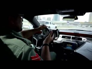 Dubai Police Sports Cars In Action, Writing Tickets With Their Super Sports Cars Lambo, ...
