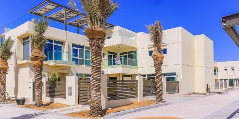 Dubailand - Sustainable City: Luxurious 4 Bedroom Show Villa